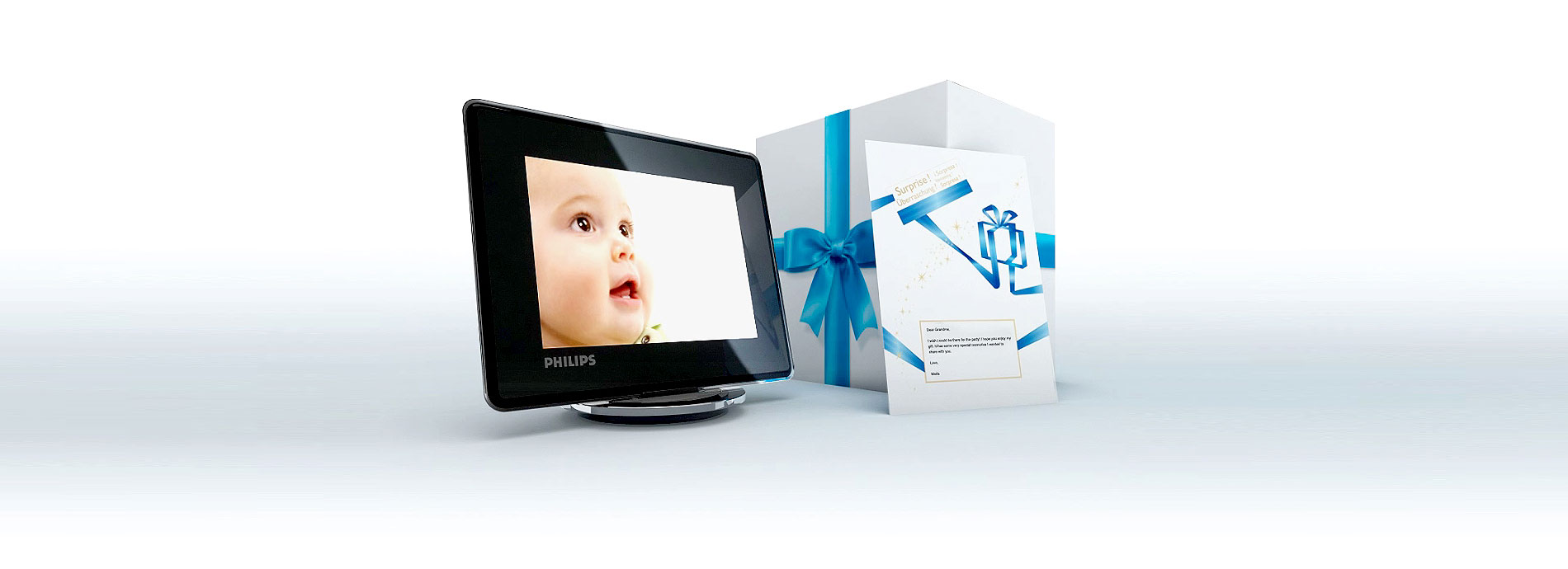 Photo of Philips PhotoFrame, gift box and gift card